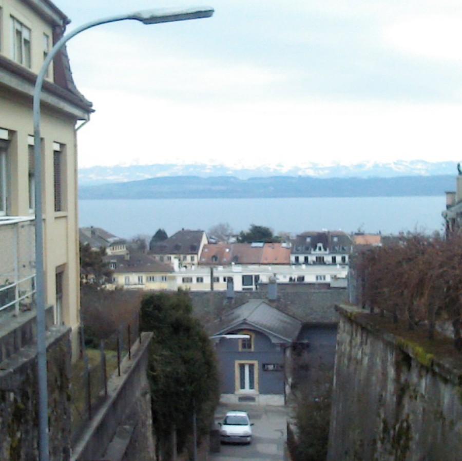 Vue du lac à Neuchâtel en Suisse